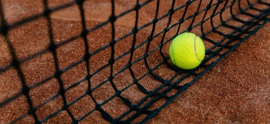 Jogador de ténis argentino recebe suspensão temporária por alegado jogo ilegal - Melap.PT